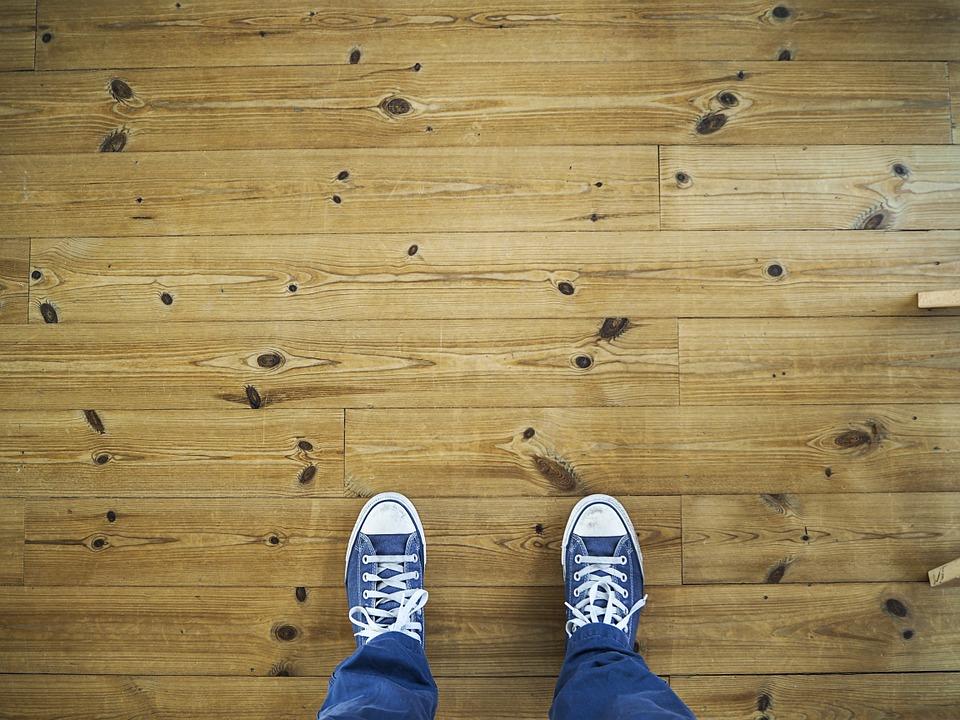 Laminate and vinyl flooring